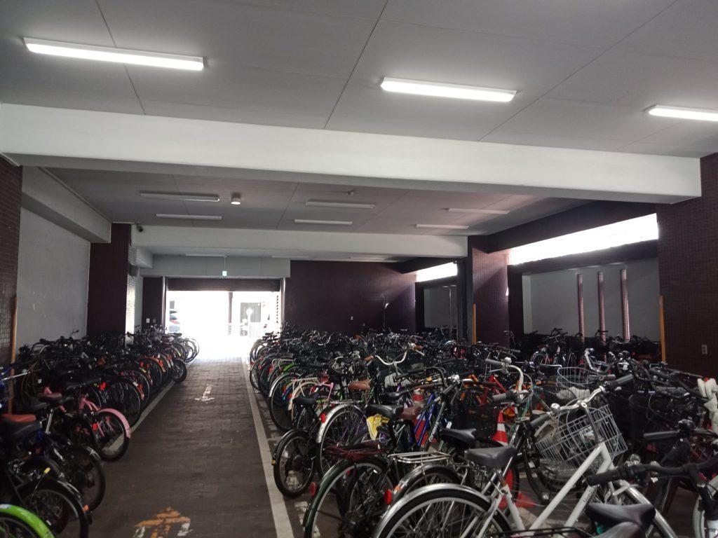 語言學校腳踏車停車場